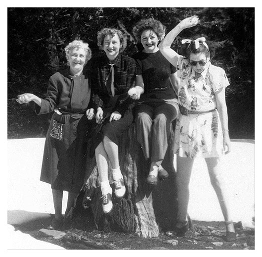 Winnie Russell with mother, sister and aunt